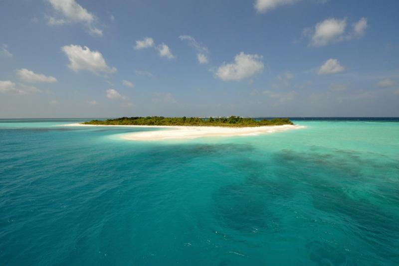 ostrov v atolu 10